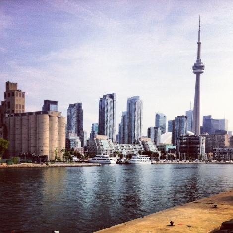 Vue du ferry en quittant Toronto