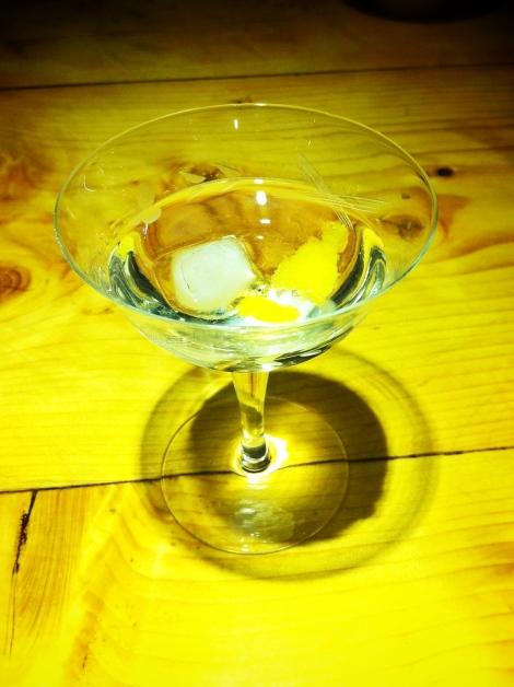 Vermouth doux et zeste de citron