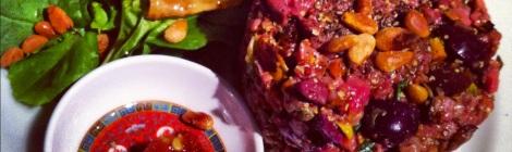 Tartare de boeuf aux pistaches grillées