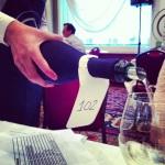 Les vins sont servis à l'aveugle.