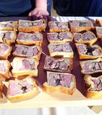 Pâté en croûte (porc, ris de veau, foie gras, poulet) et marmelade d'argousier de la ferme d'Achille de Saint-Ubalde - Le Pied Bleu