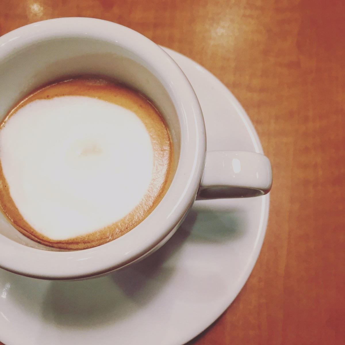 Ah oui... Y'a du café aussi!