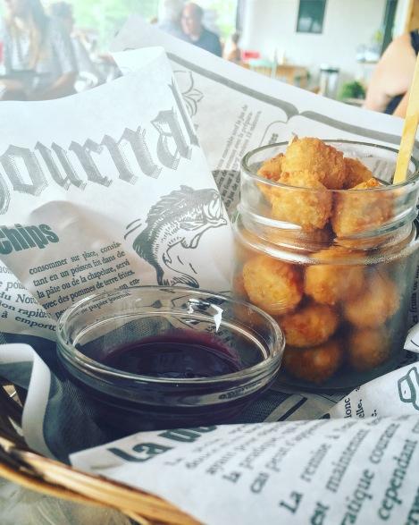 Poulet « pop corn » & miel baratté au cassis de La Miellée de Morphée